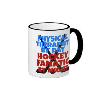 Terapeuta físico del amante del hockey taza de café