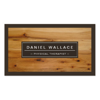 Terapeuta físico - mirada de madera con clase del tarjetas de visita