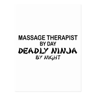 Terapeuta Ninja mortal del masaje por noche Tarjetas Postales