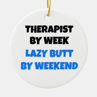 Terapeuta por extremo perezoso de la semana por adorno navideño redondo de cerámica