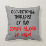 Terapeuta profesional del asesino del zombi cojin