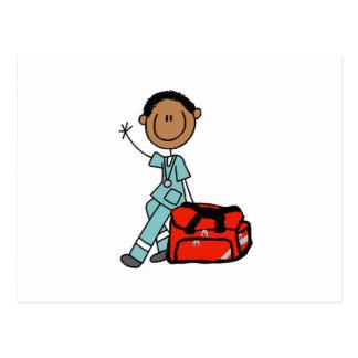 Terapeuta respiratorio de sexo masculino o EMT Tarjeta Postal