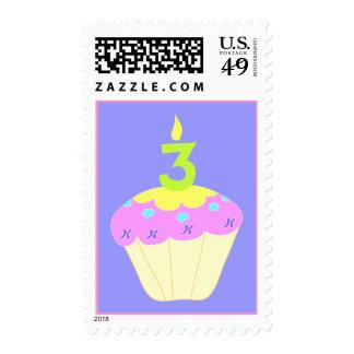 Tercer sello de la magdalena del cumpleaños en ros