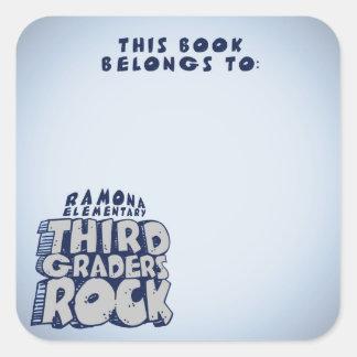 Tercera roca de los graduadores - placa de libro pegatina cuadrada