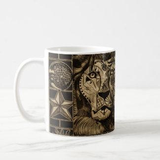 Tercera taza de café del rugido del león