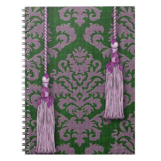 Terciopelo, borlas y hojas del corte del damasco spiral notebooks