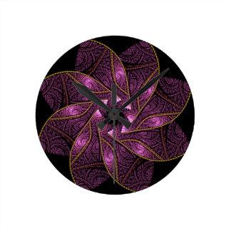 Terciopelo púrpura reloj de pared
