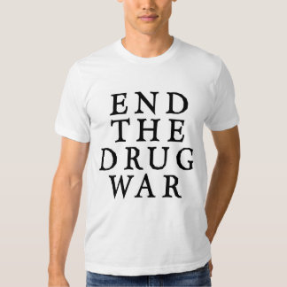 Termine la camiseta de la guerra de droga polera