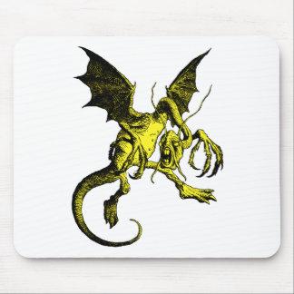 Terraplén del amarillo de Jabberwocky Tapetes De Raton