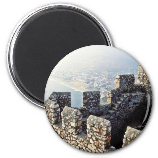 Terraplenes de Seljuk, Alanya - 1221 A.D. Imán De Frigorifico