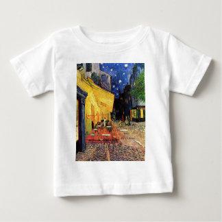 Terraza del café de la noche de Van Gogh en el Tshirts