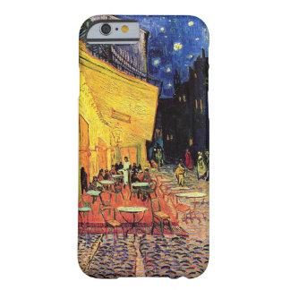 Terraza del café de Van Gogh en la noche Funda De iPhone 6 Barely There