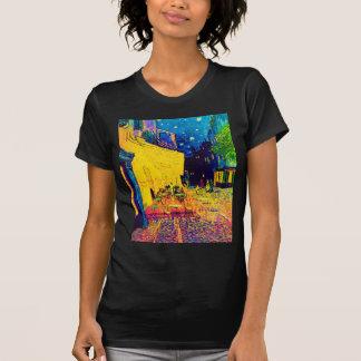 Terraza del café del arte pop de Van Gogh en la Camisetas