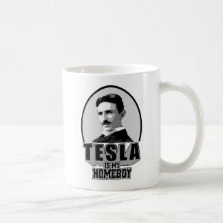 Tesla es mi Homeboy Taza Básica Blanca