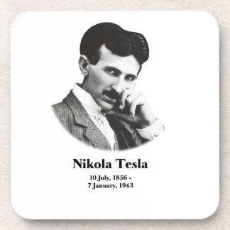 Tesla joven posavasos de bebidas