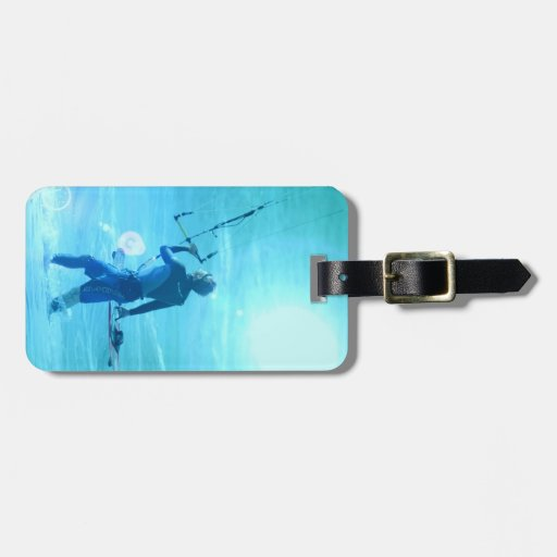 Testing the Wind Luggage Tag