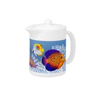 Tetera colorida de los pescados del arrecife de
