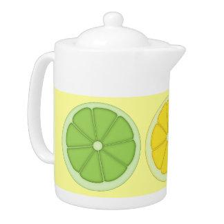 Tetera de la cal, del limón y del naranja