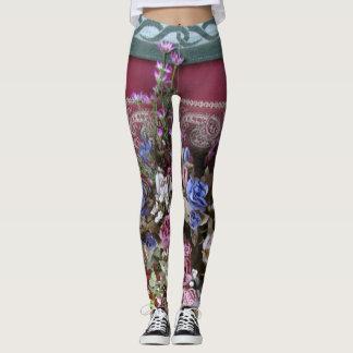 Tetera elegante lamentable del vintage floral con leggings