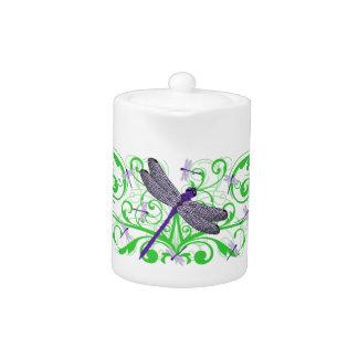 Tetera púrpura de la libélula