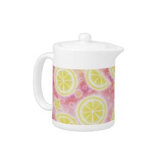 Tetera rosada de la limonada