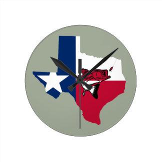 Texas Fishing Round Clock