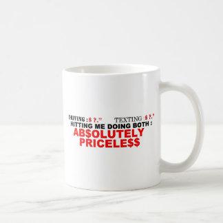 Texting y conducción tazas de café