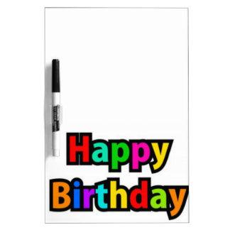 Texto alegre del feliz cumpleaños pizarras blancas de calidad