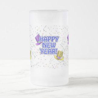 Texto azul y blanco de la Feliz Año Nuevo Tazas De Café
