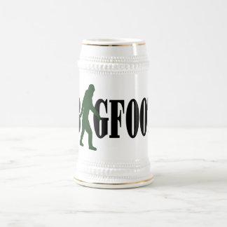 Texto de Bigfoot y gráfico verde del squatch Jarra De Cerveza