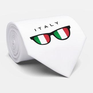 Texto de las sombras de Italia y lazo de encargo Corbata