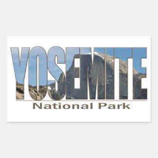 Texto del parque nacional de Yosemite con la media Pegatina Rectangular