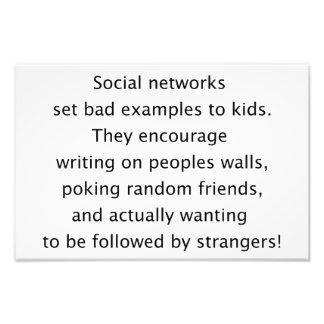 Texto divertido de las redes sociales cojinete