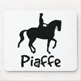 Texto fresco Piaffe con el caballo de Piaffe Alfombrillas De Ratones