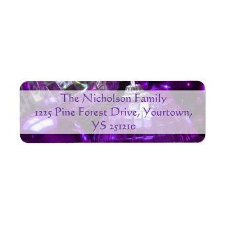 Texto púrpura de la púrpura del remite de las etiqueta de remitente