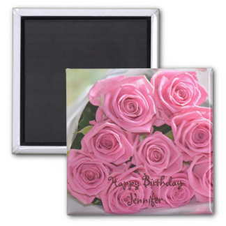 Texto rosado romántico del cumpleaños de los rosas imán cuadrado