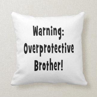 texto sobreprotector amonestador del negro del her almohada