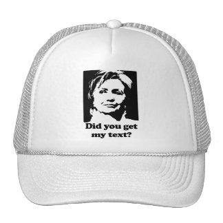 Textos de Hillary Gorros Bordados