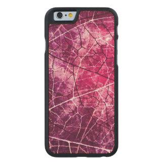 Textura agrietada rosada del Grunge del modelo de Funda De iPhone 6 Carved® Slim De Arce