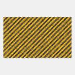 Textura amarilla y negra de las rayas del peligro rectangular altavoz