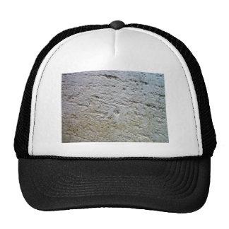 Textura aserrada de la piedra caliza con la sombra gorros