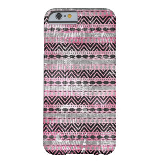 Textura azteca negra gris rosada 311 funda de iPhone 6 barely there