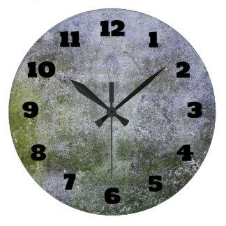 Textura cubierta musgo abstracto de la pared de reloj redondo grande