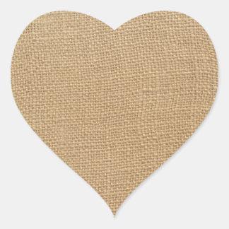 Textura de la arpillera pegatina en forma de corazón
