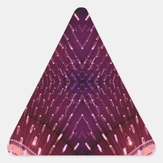 Textura de la luz 2 - rosa y rojo pegatina triangular