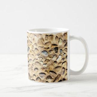 Textura de la pared de piedra taza básica blanca