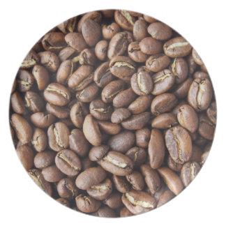 Textura de los granos de café platos para fiestas
