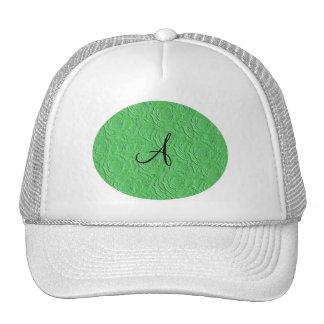 Textura de los rosas verdes claros del monograma f gorras