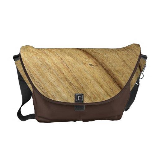 Textura de madera del panel bolsas de mensajería
