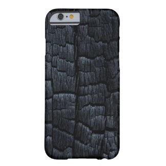 Textura de madera quemada funda de iPhone 6 barely there